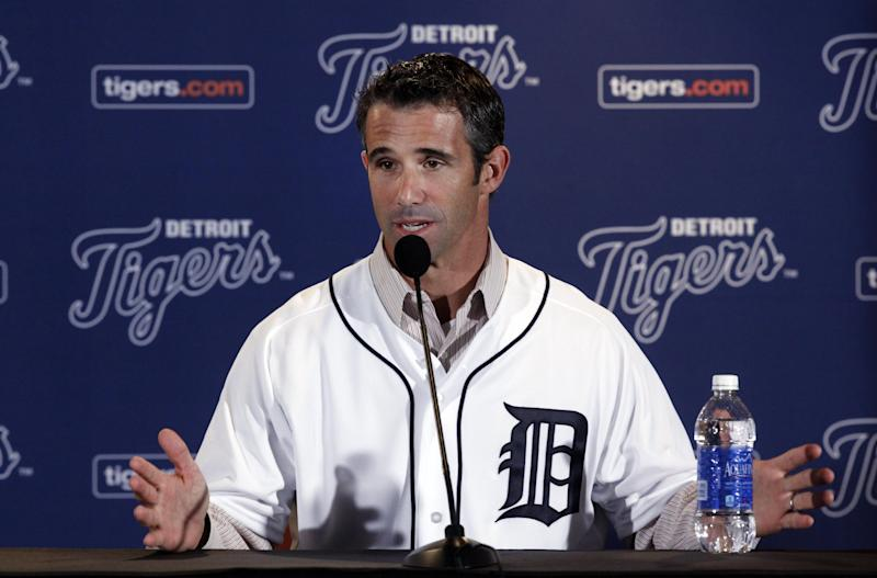 Brad Ausmus is introduced as the new Detroit Tigers manager during a news conference in Detroit Sunday, Nov. 3, 2013. Ausmus replaces Jim Leyland who stepped down as manager. AP Photo/Paul Sancya)