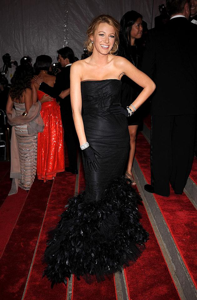 """""""Gossip Girl"""" hottie Blake Lively popped a pose in a sophisticated black Ralph Lauren silk tulle gown. Sleek gloves and a diamond cuff added the perfect amount of drama. Dimitrios Kambouris/<a href=""""http://www.wireimage.com"""" target=""""new"""">WireImage.com</a> - May 5, 2008"""