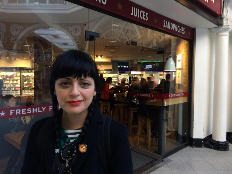 'Not feasible': Maria Henriquez, 38, spoke out against Brexit amid Pret A Manger's staffing crisis claims (ES)