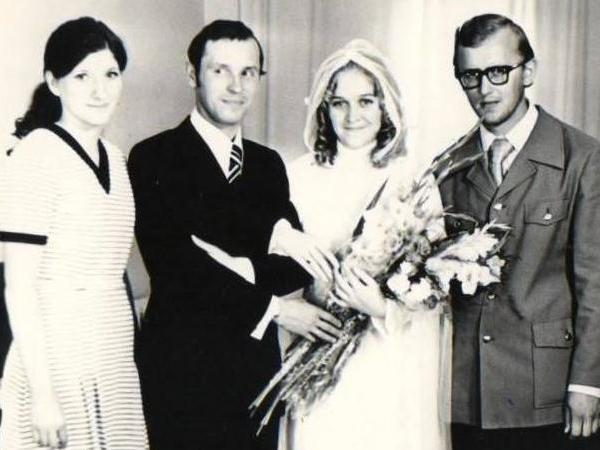Stepan Polyakov and his wife Anna (both centre) on their wedding day in 1975: Dmitry Adamskiy