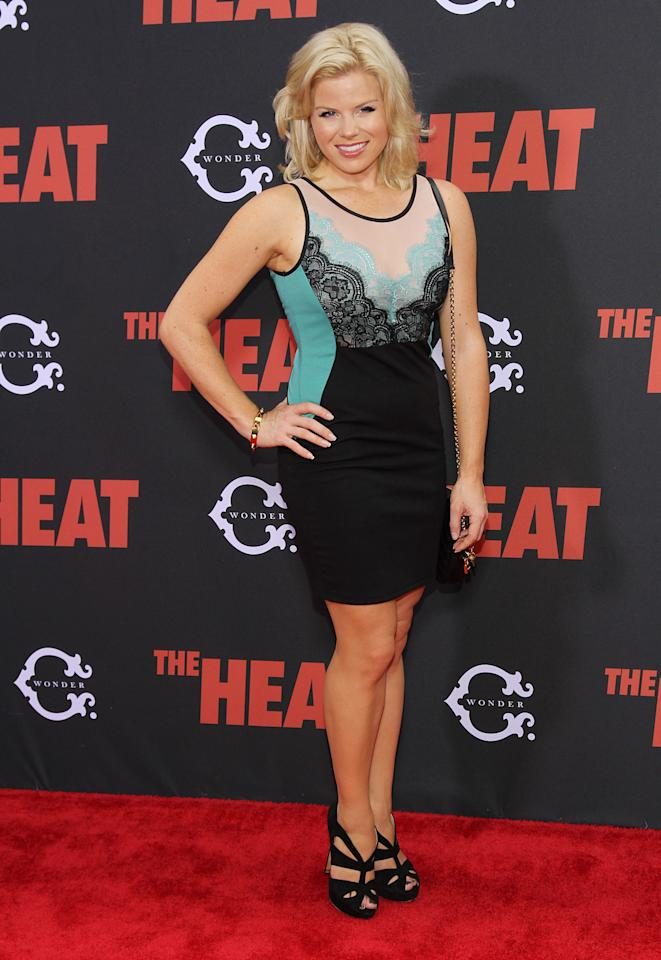 "NEW YORK, NY - JUNE 23: Megan Hilty attends ""The Heat"" New York Premiere at Ziegfeld Theatre on June 23, 2013 in New York City. (Photo by Rob Kim/Getty Images)"