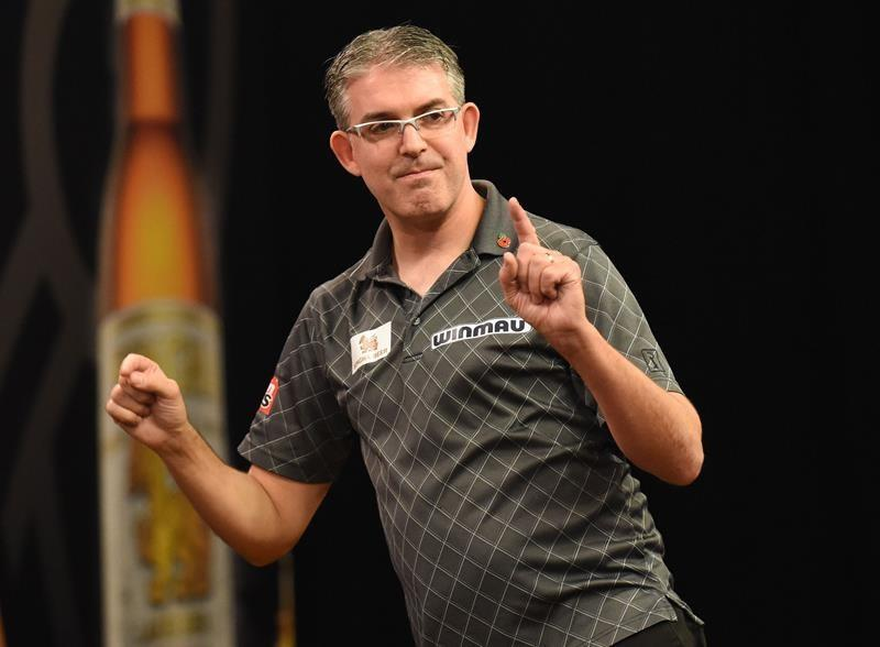 Canada's Jeff (The Silencer) Smith beaten in 2nd round of World Series of Darts