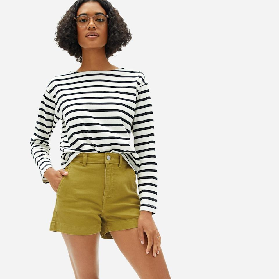 """<p><strong>Everlane</strong></p><p>everlane.com</p><p><strong>$50.00</strong></p><p><a href=""""https://go.redirectingat.com?id=74968X1596630&url=https%3A%2F%2Fwww.everlane.com%2Fproducts%2Fwomens-cotton-twill-short-fern&sref=https%3A%2F%2Fwww.cosmopolitan.com%2Fstyle-beauty%2Ffashion%2Fg30460311%2Fspring-work-outfit-ideas%2F"""" rel=""""nofollow noopener"""" target=""""_blank"""" data-ylk=""""slk:Shop Now"""" class=""""link rapid-noclick-resp"""">Shop Now</a></p><p>A long-sleeve striped shirt with twill shorts is an easy combo to throw on before you get your day started. Pair it with white sneakers or flats (and your blue-light glasses) for an effortless work 'fit. </p>"""