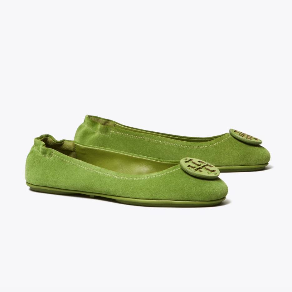 """<p><strong>Tory Burch</strong></p><p>toryburch.com</p><p><strong>$228.00</strong></p><p><a href=""""https://go.redirectingat.com?id=74968X1596630&url=https%3A%2F%2Fwww.toryburch.com%2Fminnie-travel-ballet-flat--suede-logo%2F57247.html&sref=https%3A%2F%2Fwww.townandcountrymag.com%2Fstyle%2Fg37340584%2Fshop-the-best-deals-from-tory-burchs-private-sale%2F"""" rel=""""nofollow noopener"""" target=""""_blank"""" data-ylk=""""slk:Shop Now"""" class=""""link rapid-noclick-resp"""">Shop Now</a></p><p><strong><del>$228</del> $159 (30% off) </strong></p><p>It doesn't get more classic than a pair of Tory Burch flats. Dress up this timeless pair with this verdant suede. </p>"""