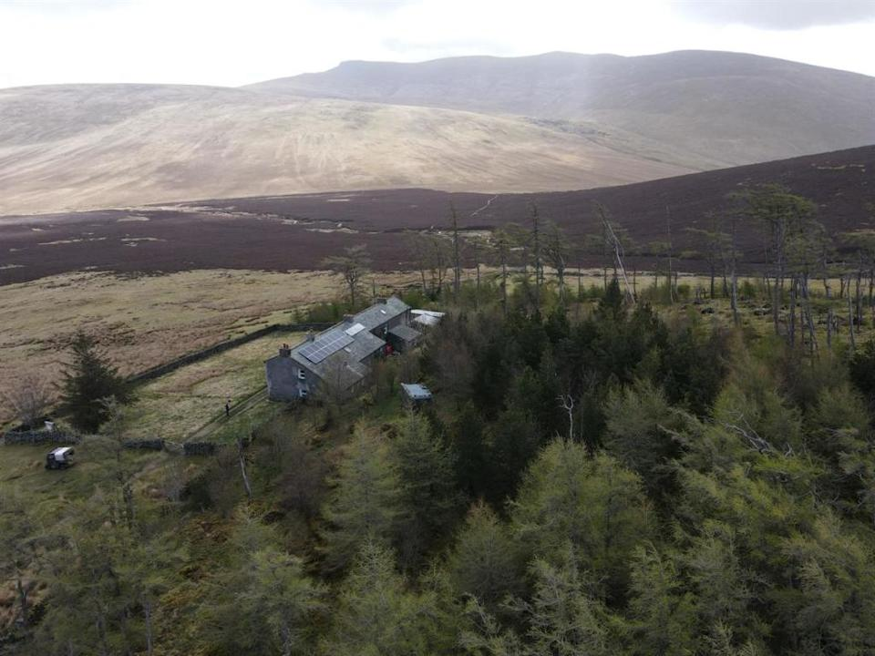 Skiddaw House is more than three miles from the nearest road (Image: Rightmove)