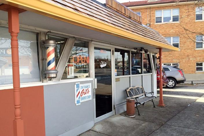 "<b>Photo: GIL'S BARBER SHOP/<a href=""https://yelp.com/biz_photos/gils-barber-shop-cincinnati?utm_campaign=45d49a59-00eb-4eec-a0ad-b9bbf5f98e78%2C57e5dfea-a0cf-4cab-8355-d8d22c3122f3&utm_medium=81024472-a80c-4266-a0e5-a3bf8775daa7"" rel=""nofollow noopener"" target=""_blank"" data-ylk=""slk:Yelp"" class=""link rapid-noclick-resp"">Yelp</a></b>"