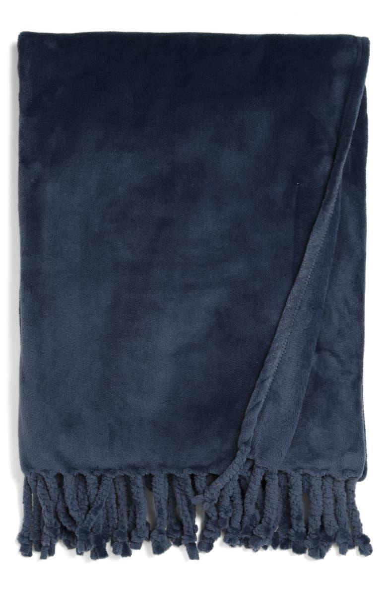 """<strong><h2>Nordstrom Bliss Plush Throw</h2></strong><br><strong>SELLING FAST</strong><br>Coming in 17 different colors, this plush throw is the perfect addition to any cozy night in. You can never have too many blankets, especially one with a perfect rating and 2K reviews. <br><br><em>Shop more <a href=""""https://go.skimresources.com?id=30283X879131&xs=1&url=https%3A%2F%2Fwww.nordstrom.com%2Fbrowse%2Fanniversary-sale%2Fall%3Fcampaign%3D0728publicgnpt1%26jid%3Dj012165-15573%26cid%3D00000%26cm_sp%3Dmerch-_-anniversary_15573_j012165-_-catpromo_corp_persnav_shop%26%3D%26postalCodeAvailability%3D10543%26filterByProductType%3Dhome_blankets-throws&sref=https%3A%2F%2Fwww.refinery29.com%2Fen-us%2Fnordstrom-anniversary-sale-best-sellers"""" rel=""""nofollow noopener"""" target=""""_blank"""" data-ylk=""""slk:Nordstrom Anniversary Sale throw blankets"""" class=""""link rapid-noclick-resp"""">Nordstrom Anniversary Sale throw blankets</a></em><br><br><strong>Nordstrom</strong> Bliss Plush Throw, $, available at <a href=""""https://go.skimresources.com/?id=30283X879131&url=https%3A%2F%2Fwww.nordstrom.com%2Fs%2Fnordstrom-bliss-plush-throw%2F3564757"""" rel=""""nofollow noopener"""" target=""""_blank"""" data-ylk=""""slk:Nordstrom"""" class=""""link rapid-noclick-resp"""">Nordstrom</a>"""