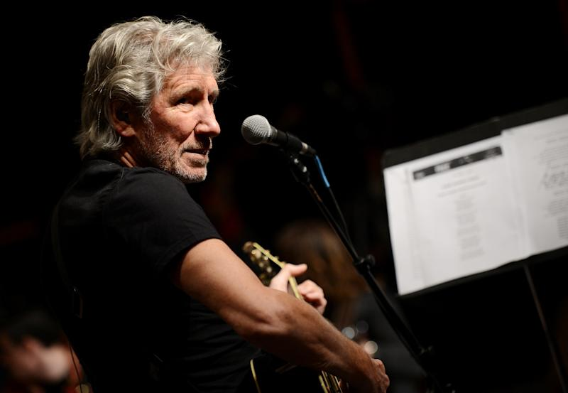 "Musician Roger Waters and his band hold rehearsals with members of the Wounded Warriors Project for the ""Stand Up For Heroes"" benefit concert presented by the New York Comedy Festival & the Bob Woodruff Foundation at S.I.R. Studios on Monday, Nov. 4, 2013, in New York. (Photo by Evan Agostini/Invision/AP)"