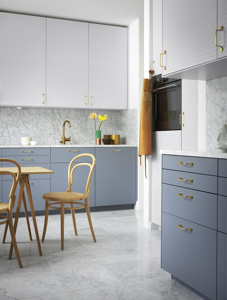 """<p><strong>Want to upgrade your <a href=""""https://www.housebeautiful.com/uk/decorate/kitchen/g423/best-kitchen-design-trends/"""" rel=""""nofollow noopener"""" target=""""_blank"""" data-ylk=""""slk:kitchen"""" class=""""link rapid-noclick-resp"""">kitchen</a>? Even if you're not planning a full-scale revamp, a few simple design changes can really lift your space. Take a look at these ideas...</strong></p>"""