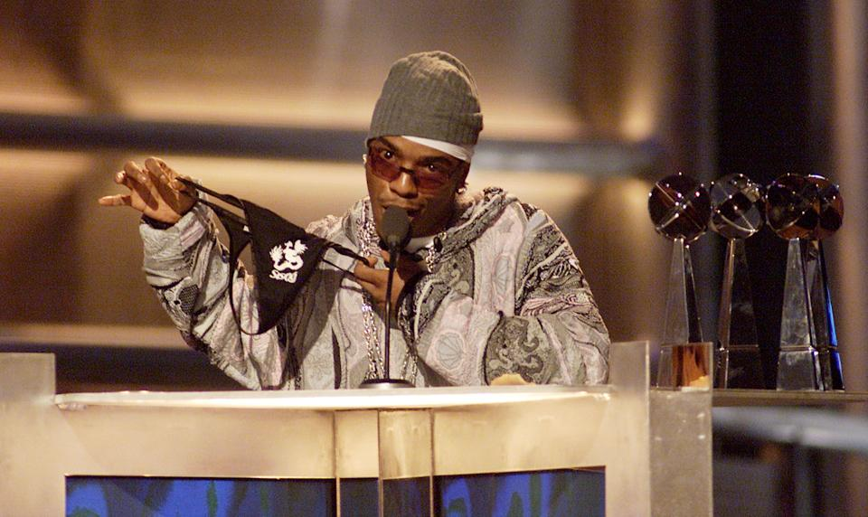 SisQó sports a thong while collecting six awards at the Billboard Music Awards in December 2000. (Photo: Frank Micelotta/ImageDirect)