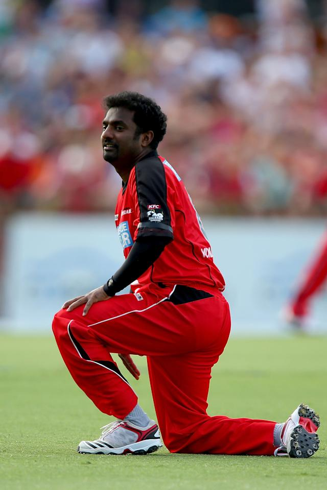 PERTH, AUSTRALIA - DECEMBER 29: Muttiah Muralitharan of the Renegades watches the ball head to the boundary during the Big Bash League match between the Perth Scorchers and the Melbourne Renegads at WACA on December 29, 2012 in Perth, Australia.  (Photo by Paul Kane/Getty Images)
