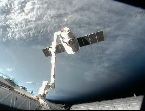 Private SpaceX Capsule Leaves Space Station for Earth Return