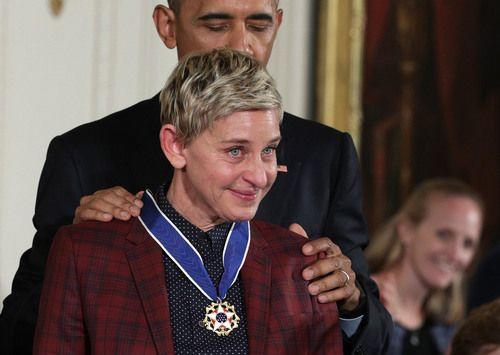 President Barack Obama presents the Presidential Medal of Freedom to comedian and talk show host Ellen DeGeneres during an East Room ceremony at the White House Nov. 22, 2016.