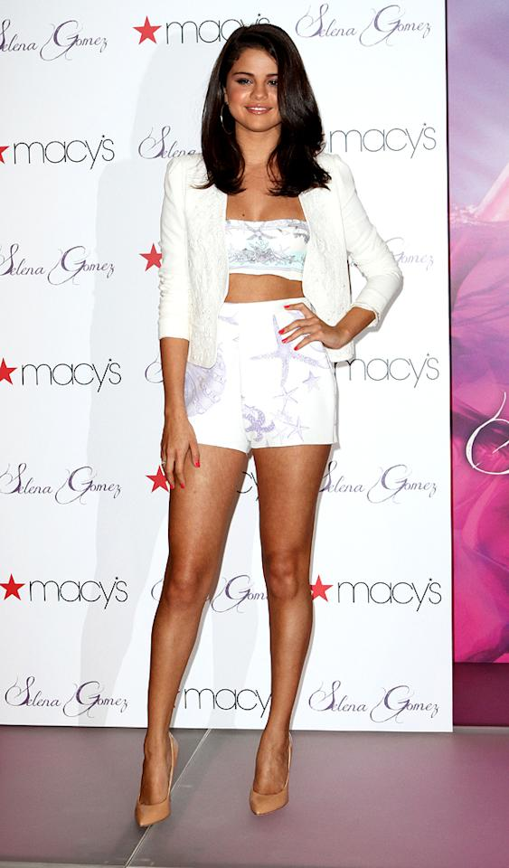 "On Saturday, former Disney Channel darling Selena Gomez showed off her fit physique and tanned gams in a midriff-baring ensemble while promoting her new fragrance in NYC. Justin Bieber's better half perfectly paired her under-the-sea-inspired Versace bustier and high-waisted shorts with a Vanessa Bruno blazer and nude Giuseppe Zanotti pumps. What do you make of the 19-year-old's look? Is it fun and flirty or a bit too revealing? Discuss! (6/9/2012)<br><br><a target=""_blank"" href=""http://bit.ly/lifeontheMlist"">Follow 2 Hot 2 Handle creator, Matt Whitfield, on Twitter!</a>"