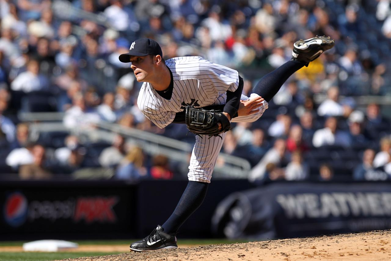 <p><span>In another event of stairwell misfortune, Yankees pitcher David Robertson missed a step while carrying, of all things, empty boxes. Robertson was unable to put pressure on his right foot and the team was bracing for the worst as there was no immediate diagnosis. His 2012 season was intact after four medical tests cleared Robertson with a bone bruise atop his foot.</span> </p>