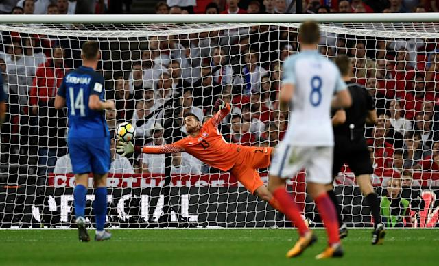 <p>Soccer Football – 2018 World Cup Qualifications – Europe – England vs Slovakia – London, Britain – September 4, 2017 England's Marcus Rashford scores their second goal REUTERS/Dylan Martinez </p>
