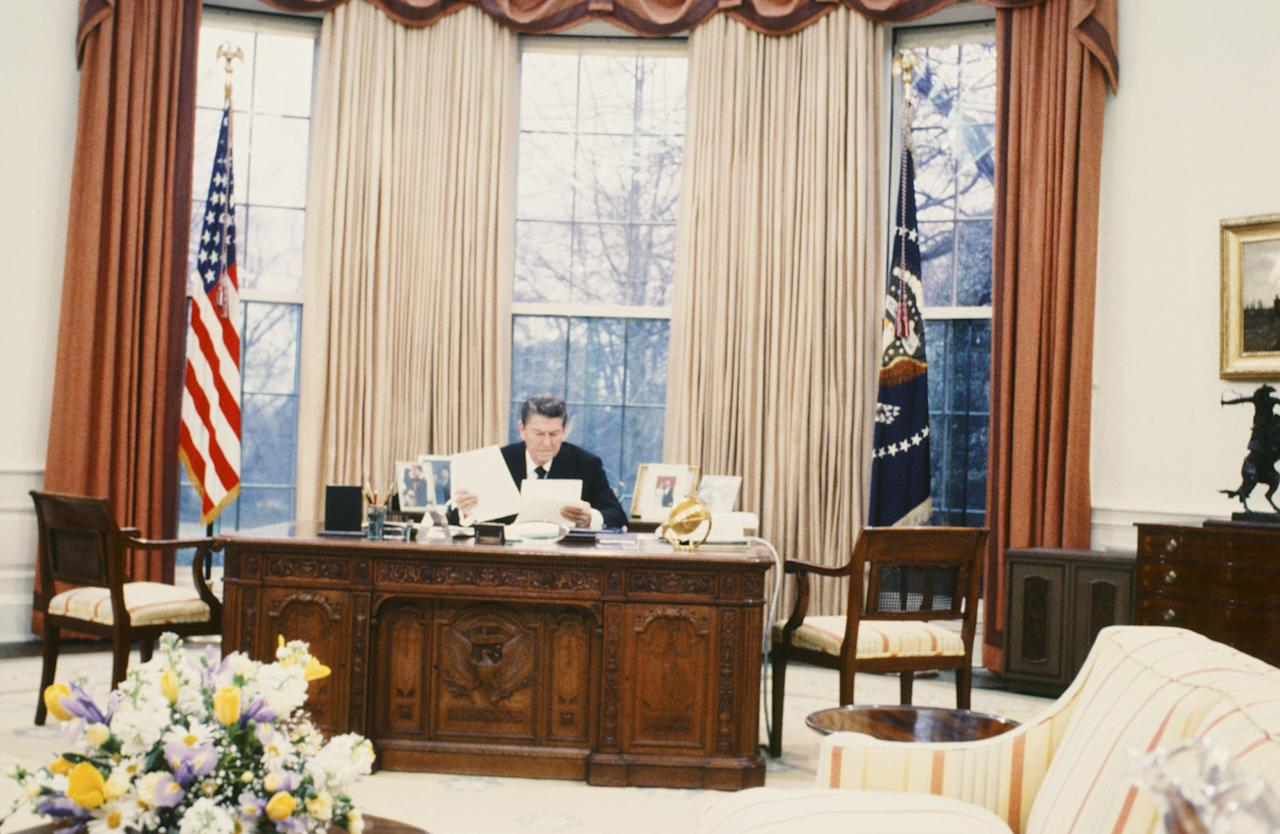 U.S. President Ronald Reagan in the Oval Office of the White House on February 10, 1981 in Washington D.C. -- Photo by: NBC/NBC NewsWire