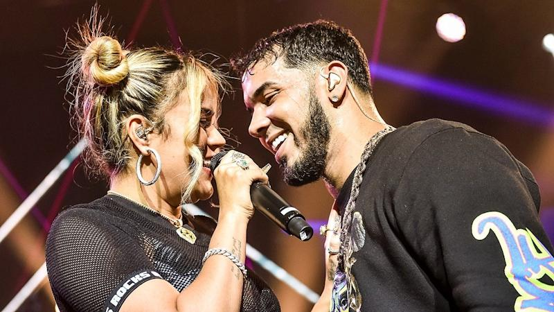 Karol G and Anuel AA Make Out in the Middle of A Live Performance