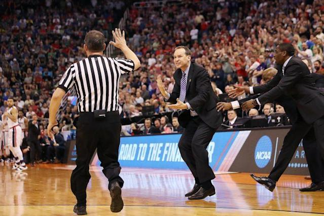 Northwestern coach Chris Collins reacts to a missed call during his team's loss to Gonzaga. (Getty)