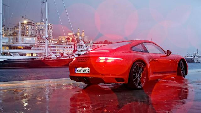 <p>Various Porsche 911 and 718 Boxster/Cayman models offer a manual transmission. However, while the bigger 911 receives a manual with seven forward speeds, a six-speed manual transmission is available with the Porsche 718.</p>