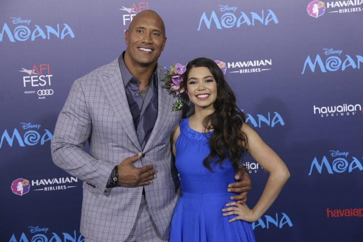 'Moana' stars Dwayne Johnson and Auli'i Cravalho steal the spotlight at the world premiere.