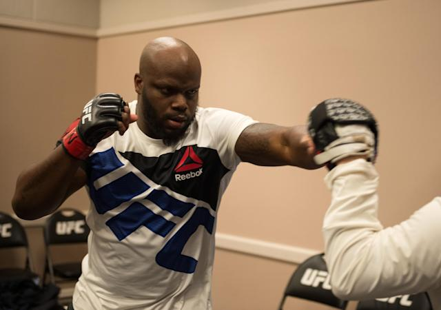UFC heavyweight Derrick Lewis has been helping victims of Hurricane Harvey in Houston. (Getty Images)