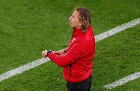 Soccer Football - World Cup - Group C - France vs Peru - Ekaterinburg Arena, Yekaterinburg, Russia - June 21, 2018 Peru coach Ricardo Gareca during the match REUTERS/Andrew Couldridge