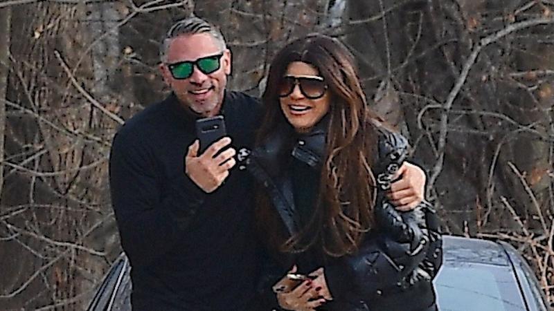 Joe Giudice Reunites With His Daughters in Italy for Christmas