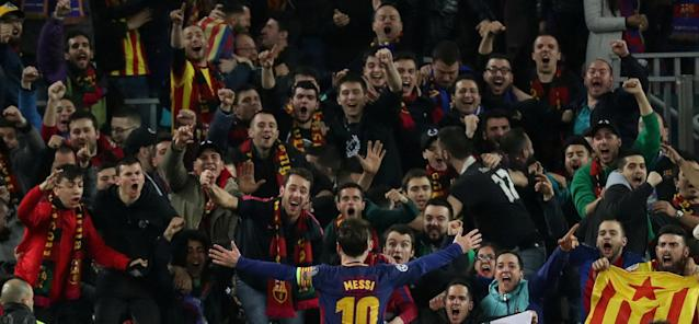 Soccer Football - Champions League Round of 16 Second Leg - FC Barcelona vs Chelsea - Camp Nou, Barcelona, Spain - March 14, 2018 Barcelona's Lionel Messi celebrates scoring their third goal in front of fans REUTERS/Susana Vera TPX IMAGES OF THE DAY