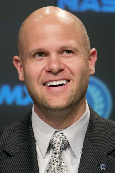 Former Florida quarterback Danny Wuerffel, speaks at a news conference, Tuesday, May 7, 2013 in New York. Wuerffel was selected Tuesday for the College Football Hall of Fame. Wuerffel won the Heisman in 1996, when he led the Gators to the national championship, throwing for 3,625 yards and 39 touchdowns in coach Steve Spurrier's Fun-n-Gun offense. (AP Photo/Mark Lennihan)