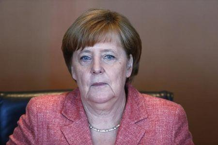 Merkel: US Relations Important, but Must Also Look Elsewhere