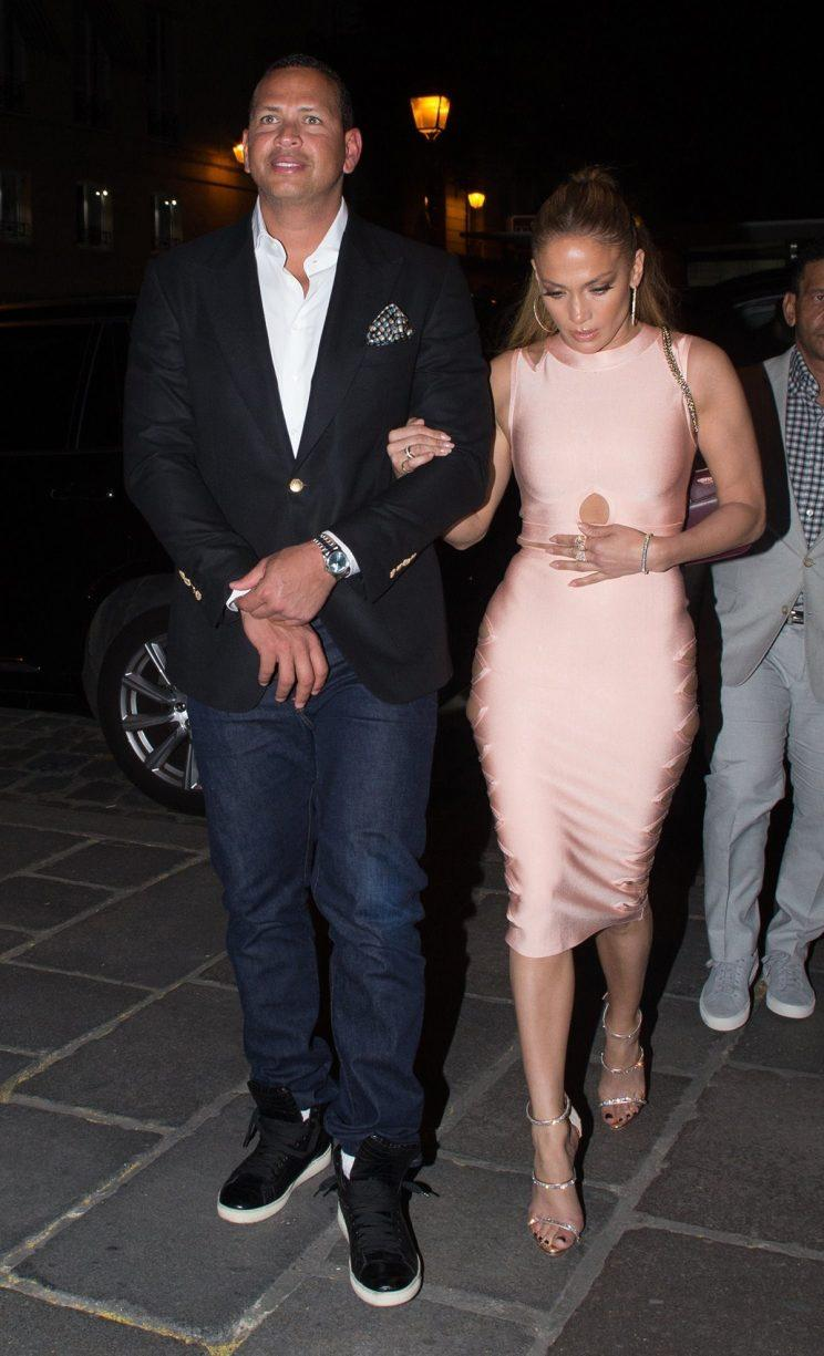 Date night looks good on J.Rod. (Photo: AKM-GSI)