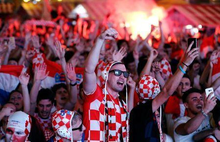 Soccer Football - World Cup - Group D - Argentina vs Croatia - Zagreb - Croatia - June 21, 2018 - Croatia's fans celebrate after the match. REUTERS/Antonio Bronic