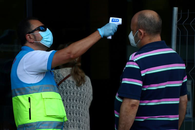 'Victims of improvisation' - Madrid residents vent anger at chaotic sudden lockdown