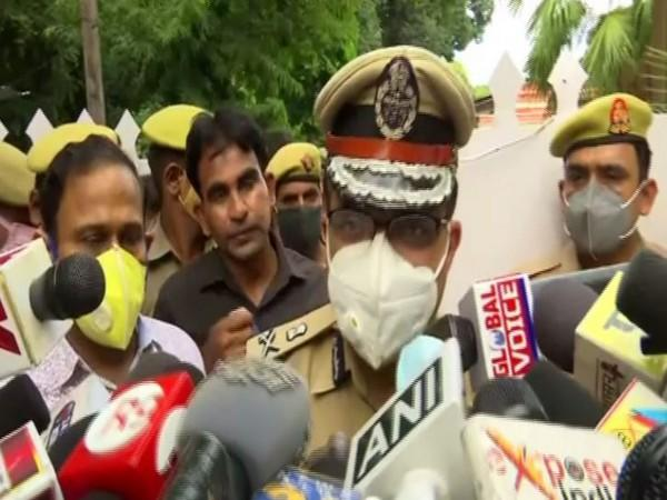 Lucknow Police Commissioner Sujeet Pandey speaking to reporters on Saturday. Photo/ANI
