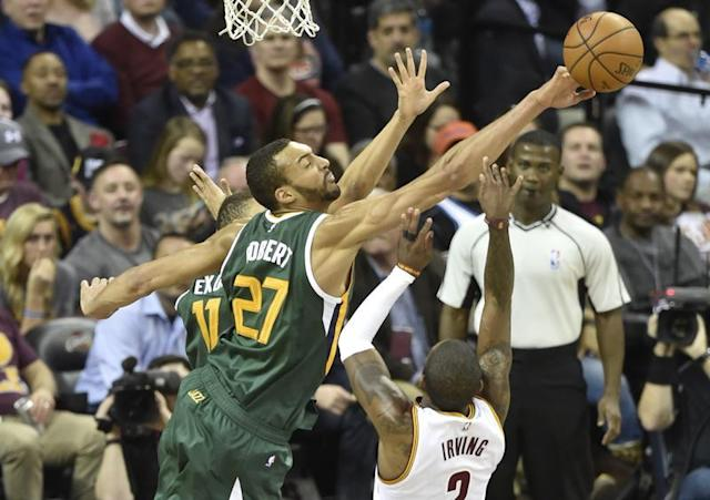 Gobert, toujours plus fort/Photo prise le 17 mars 2017/REUTERS/� USA Today Sports / Reuters