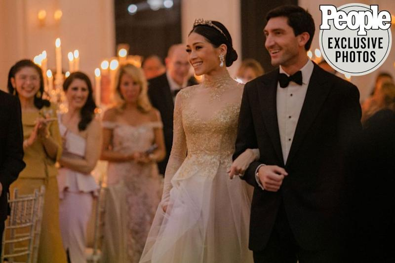 From left: Newlyweds Dang Bodiratnangkura and Evan Lysacek | @great_est