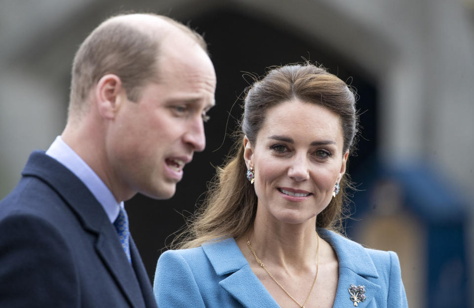 EDINBURGH, SCOTLAND - MAY 27: Prince William, Duke of Cambridge and Catherine, Duchess of Cambridge attend a Beating of the Retreat at the Palace of Holyroodhouse on May 27, 2021 in Edinburgh, Scotland. (Photo by Jane Barlow-WPA Pool/Getty Images)