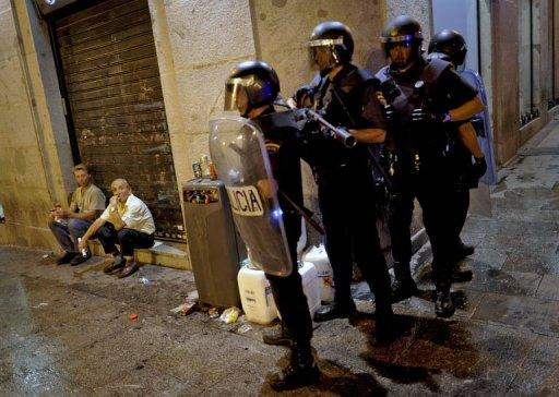 Spanish police have fired rubber bullets and charged protestors in central Madrid