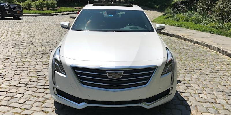 Cadillac CT6 Plugin