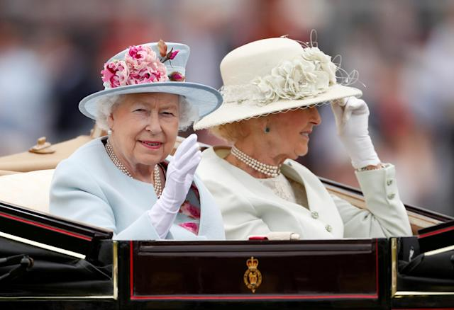 Horse Racing - Royal Ascot - Ascot Racecourse, Ascot, Britain - June 20, 2018 Britain's Queen Elizabeth arrives at Ascot Action Images via Reuters/Andrew Boyers TPX IMAGES OF THE DAY