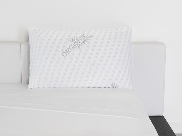 """<p><strong>Brooklyn Bedding</strong></p><p>brooklynbedding.com</p><p><strong>$89.00</strong></p><p><a href=""""https://go.redirectingat.com?id=74968X1596630&url=https%3A%2F%2Fbrooklynbedding.com%2Fproducts%2Ftalalay-latex-pillow%3Fvariant%3D32591002435629&sref=https%3A%2F%2Fwww.housebeautiful.com%2Fshopping%2Fhome-accessories%2Fg33623901%2Fbest-bedding%2F"""" rel=""""nofollow noopener"""" target=""""_blank"""" data-ylk=""""slk:BUY NOW"""" class=""""link rapid-noclick-resp"""">BUY NOW</a></p><p>For a latex pillow, try Brooklyn Bedding's natural Talalay latex pillow. It comes in a zippered, removable cover made from organic cotton, and you can choose your loft.</p>"""
