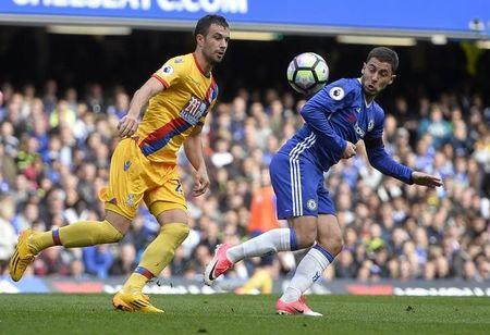 Britain Soccer Football - Chelsea v Crystal Palace - Premier League - Stamford Bridge - 1/4/17 Chelsea's Eden Hazard in action with Crystal Palace's Luka Milivojevic  Reuters / Hannah McKay Livepic