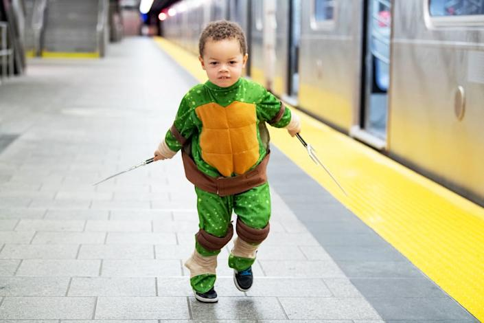 """<div class=""""inline-image__caption""""><p>A cosplayer dressed as Raphael from Teenage Mutant Ninja Turtles arrives at New York Comic Con on October 04, 2019 in New York City. </p></div> <div class=""""inline-image__credit"""">Getty</div>"""