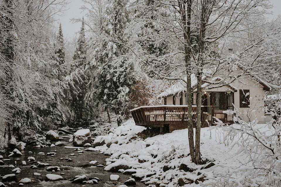 This chalet might look like a million bucks, but it costs far, far less. Photo: Trusted Housesitters