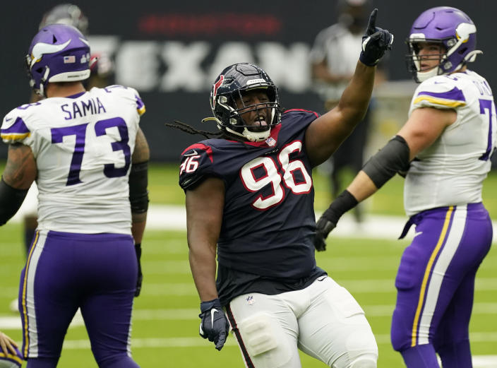 texans-p-j-hall-questionable-patriots-chest-injury