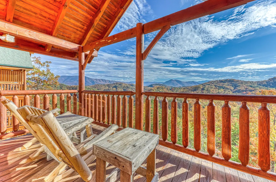 """<h2>Smokey Mountains, Tennesse</h2><br><strong>Location: </strong>Pigeon Forge, Tennessee<br><strong>Sleeps: </strong>8<br><strong>Price Per Night: </strong><a href=""""https://airbnb.pvxt.net/Ea0jG4"""" rel=""""nofollow noopener"""" target=""""_blank"""" data-ylk=""""slk:$299"""" class=""""link rapid-noclick-resp"""">$299</a><br><br>""""Welcome to Misty Mountain, your next Smoky Mountain getaway! Beautiful mountain views and a touch of luxury, along with an incredible location that is within 10 minutes of great shopping and dining, makes this two-story cabin a perfect vacation destination."""" <br><br><h3><a href=""""https://airbnb.pvxt.net/Ea0jG4"""" rel=""""nofollow noopener"""" target=""""_blank"""" data-ylk=""""slk:Book Inviting Log Cabin with Valley & Mountain Views"""" class=""""link rapid-noclick-resp"""">Book Inviting Log Cabin with Valley & Mountain Views</a></h3><br><br><span class=""""copyright"""">Photo: Courtesy of Airbnb.</span>"""