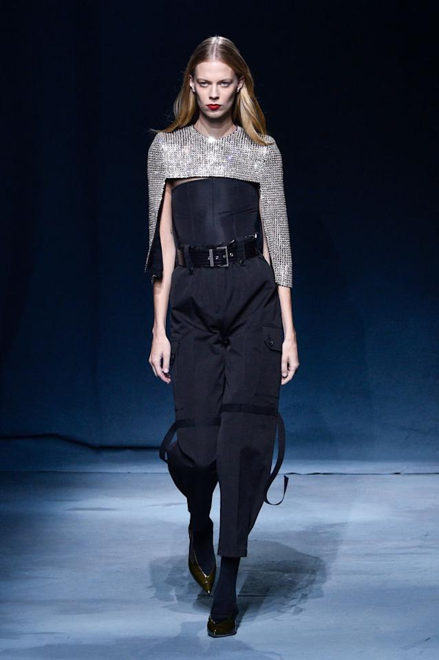 <p>Lexi Boling walks the runway at the Givenchy Spring/Summer 2019 show during Paris Fashion Week on Sept. 30 in Paris. (Photo: Peter White/Getty Images) </p>