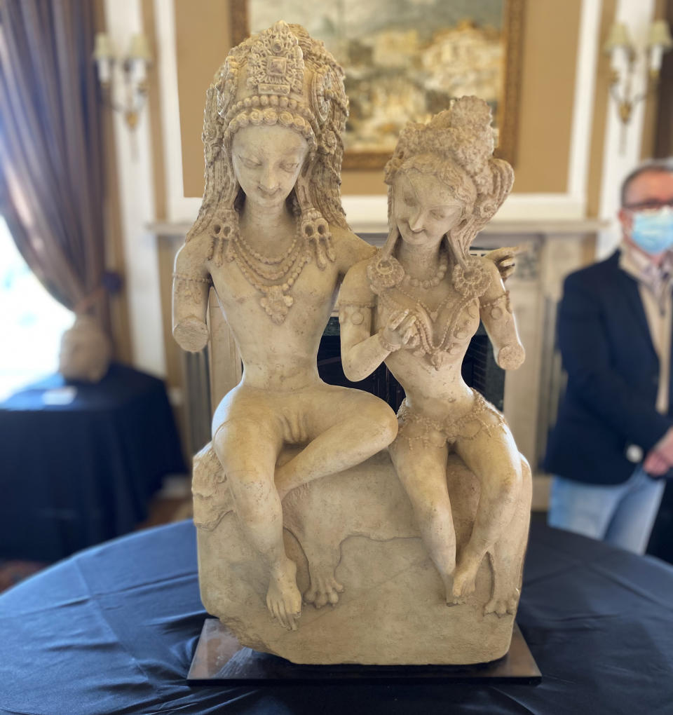 'Shiva and Parvati' - 8th century AD - valued at $120,000. (Jenna McLaughlin/Yahoo News)