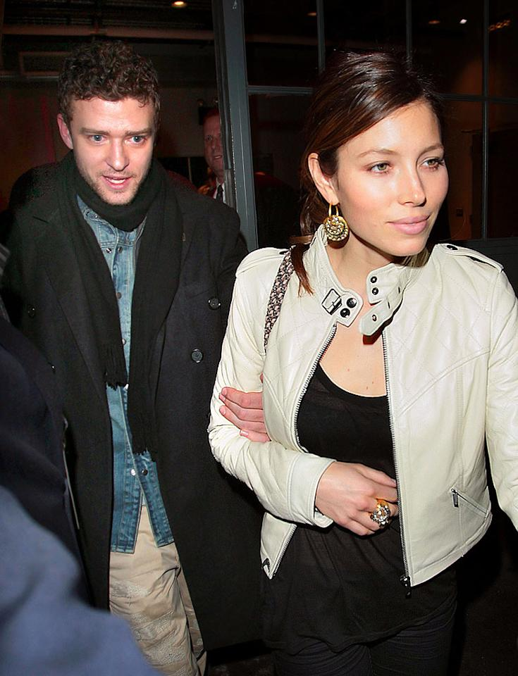 """Justin Timberlake enjoyed a """"wild night"""" in Las Vegas, reports <i>Star</i> magazine, which goes on to say the singer cheated on girlfriend Jessica Biel. But the <i>Star</i> may have cheated with a few facts, and <a href=""""http://www.gossipcop.com/star-mag-strikes-out-on-wild-justin-timberlake-pitch/"""">Gossip Cop</a> can prove it. Jackson Lee/<a href=""""http://www.splashnewsonline.com"""" target=""""new"""">Splash News</a> - February 17, 2010"""